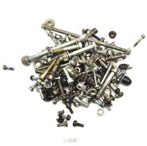Derbi-GPR-125-04-Screws-remains-small-parts
