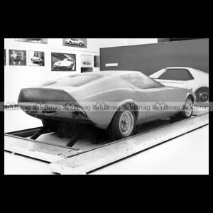 pha-025046-Photo-VAUXHALL-GT-CONCEPT-1964-Car-Auto