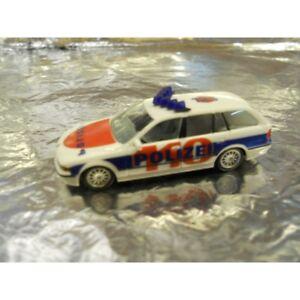Herpa-269070-BMW-5-Touring-Police-Test-Scheme-1-87-HO-Scale