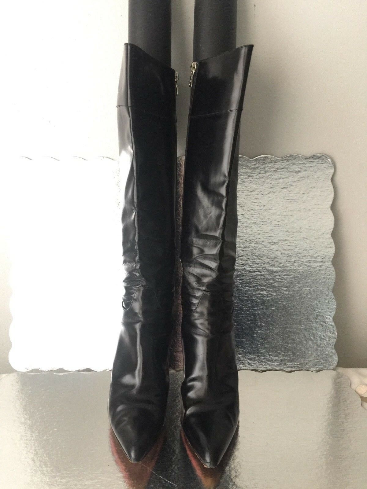 PRADA STRONG WELL CONSTRUCTED BLACK LEATHER BOOTS