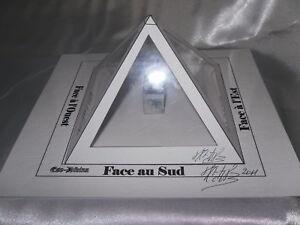 La-Pyramide-a-souhait-Magique-blanche-Esoterisme-rare-inedit
