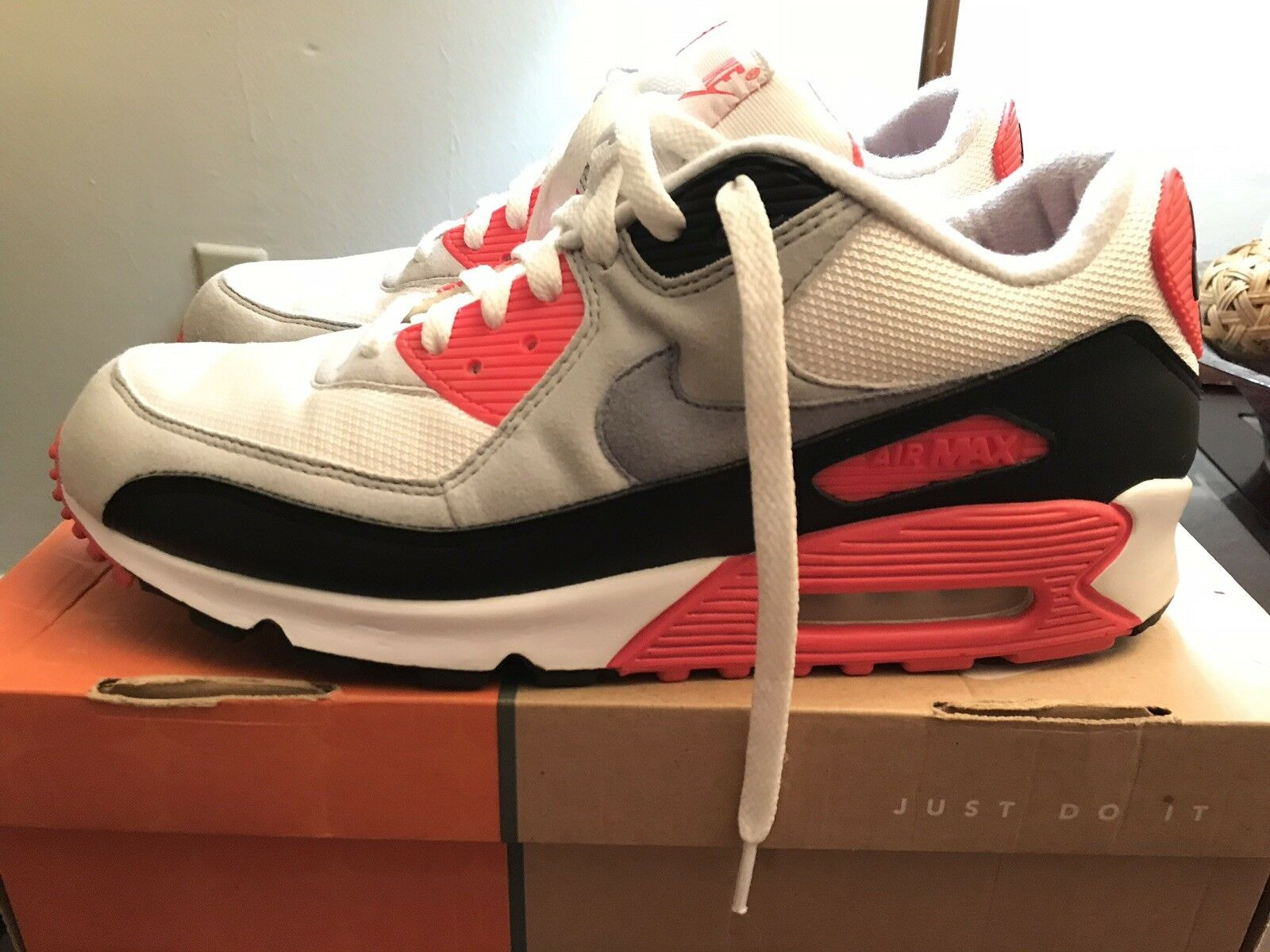 "Nike Air Max 90 Classic Size 11 Infrared ""HOA"" PRE_OWNED"