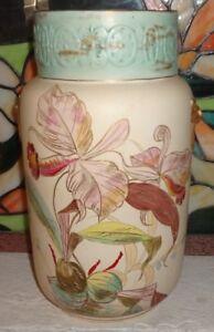 Antique-Porcelain-Vase-Hand-Painted-Gold-Raised-Outlines