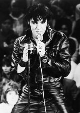 Elvis Presley 10 x 8 UNSIGNED photo - P590 - All Shook Up & Viva Las Vegas