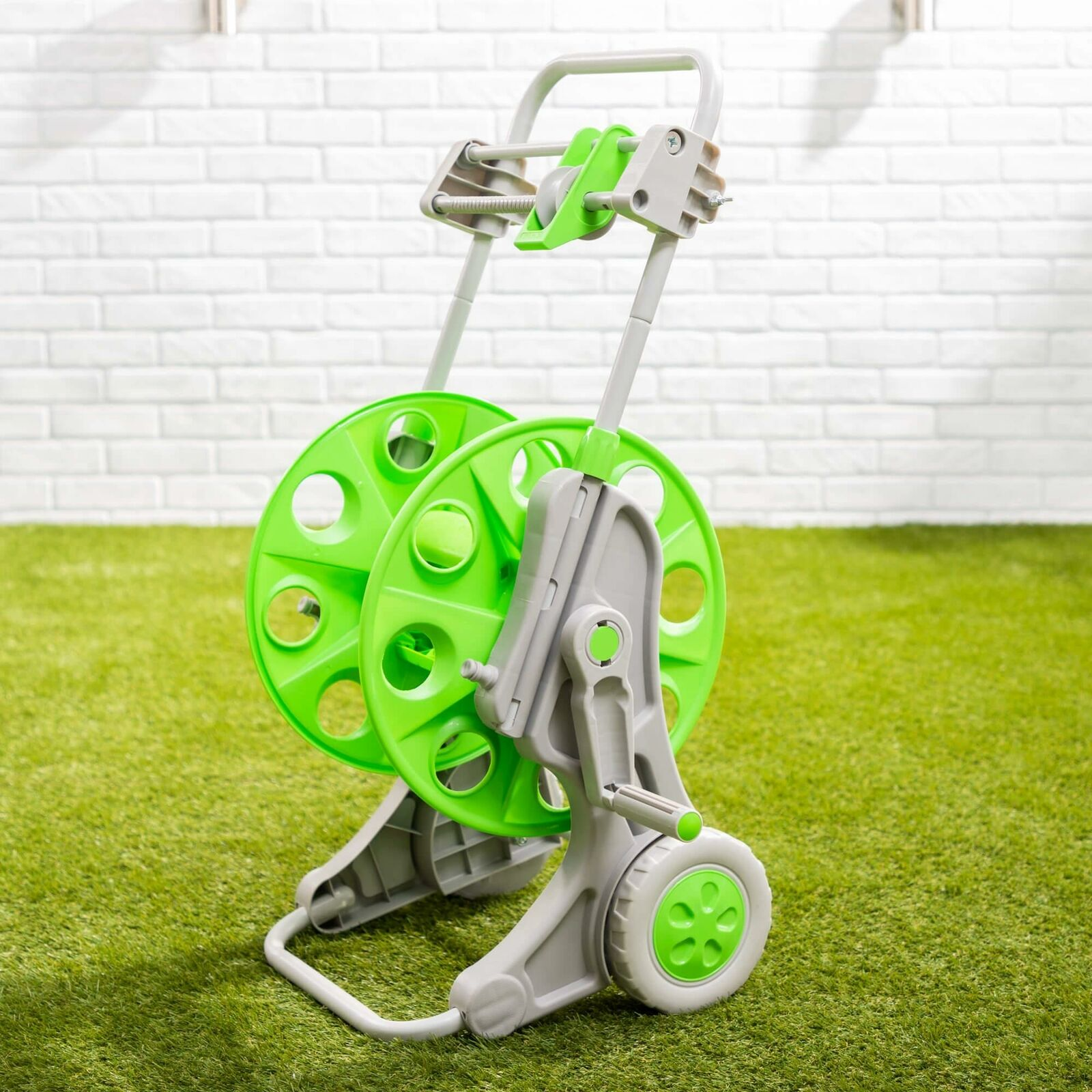 Hose Pipe Storage Reel with Wheels and Auto Wind-Up Guiding System Portable
