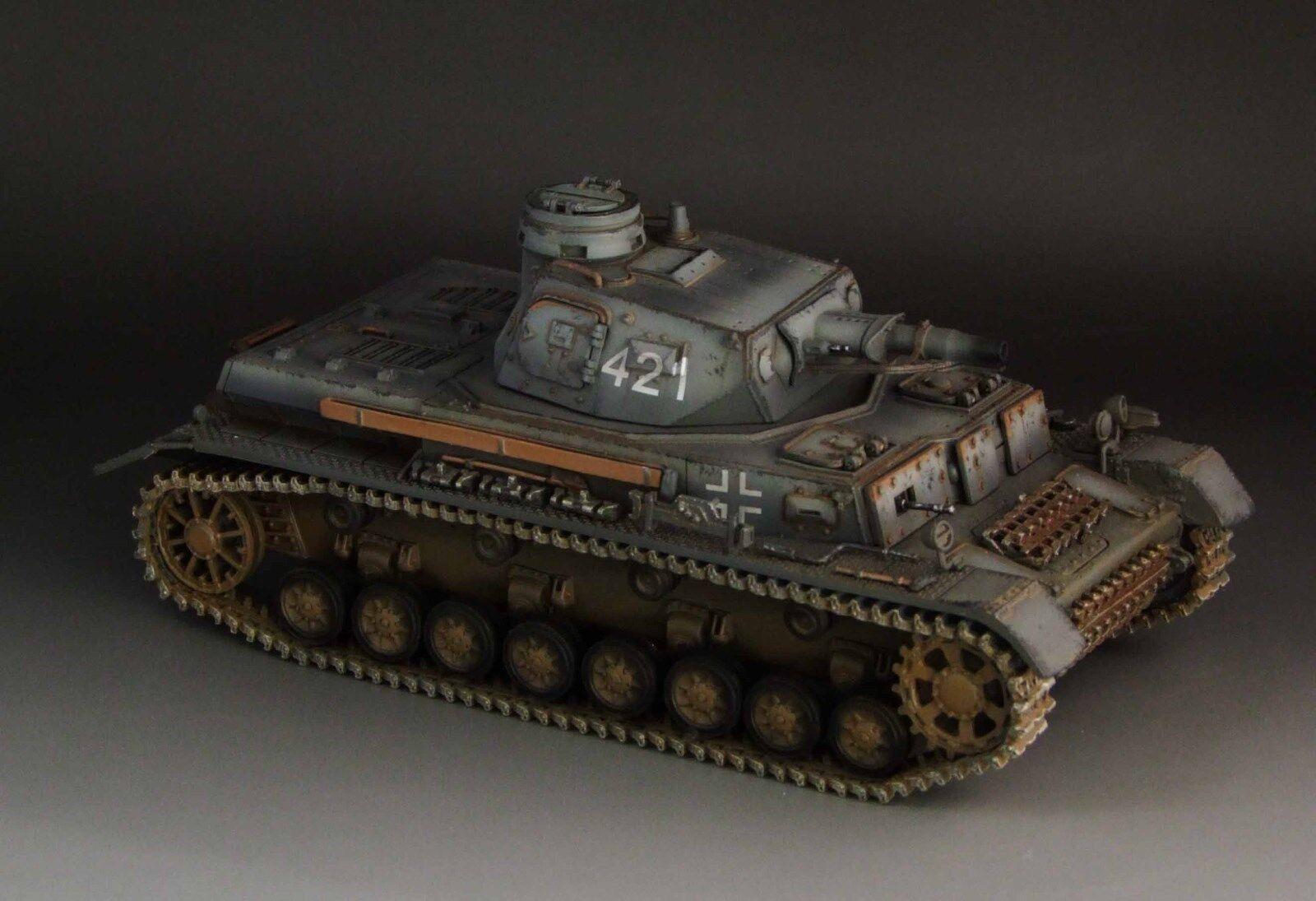 1 30 WW2 German Panzer IV Ausf D. Grey version No. 421