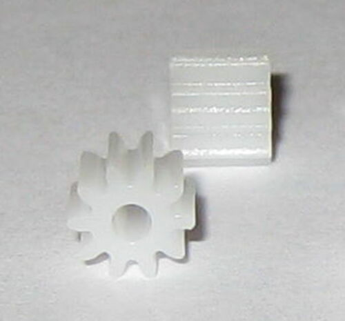 2X Plastic 10 Tooth Gear for 2 mm Shafts 5.7 mm OD Pinion Gears 10T 2mm