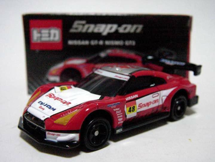 TOMICA SNAP ON NISSAN GT-R NISMO GT3 R35 SKYLINE SUPER RARE BRAND NEW IN BOX F S