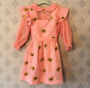 Vintage-1960s-to-1970s-Pink-and-White-Gingham-Bumble-Bee-Girl-039-s-Dress