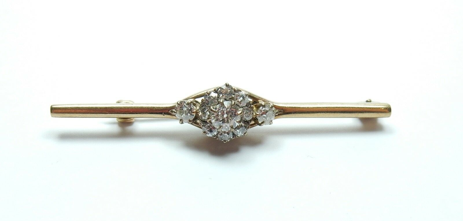 Diamond Cluster Brooch 0.85 carats vintage with diamond grading report