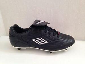 Chaussures-de-Foot-neuves-Umbro-Risponsa-League-WR-vissees-PROMO-70-43