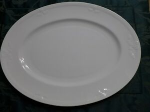 V-amp-B-FIORI-WEISS-ovale-Platte-ca-34-x-26cm-Servierplatte-mehr-da-Villeroy-amp-Boch