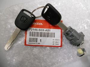 genuine honda civic odyssey left driver side door lock cylinder w keys new ebay. Black Bedroom Furniture Sets. Home Design Ideas