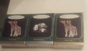 Lot-of-3-Hallmark-Miniature-Ornaments-Noah-039-s-Ark-Animals-Giraffes-Panda