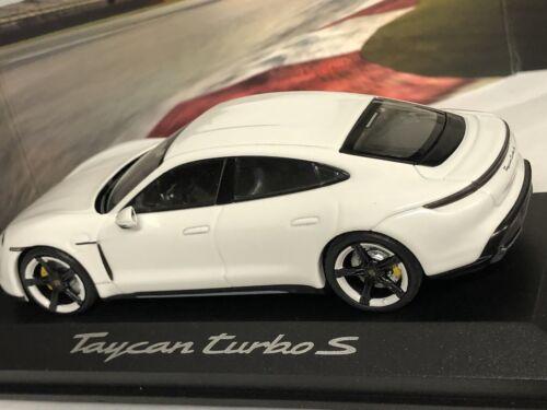Porsche Taycan Turbo S  1:43 Minichamps