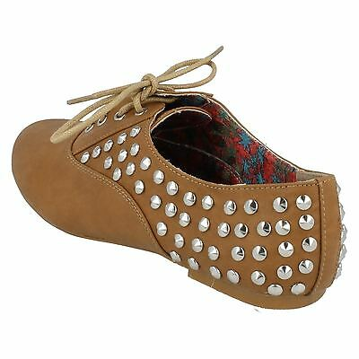 Spot on F8870 Damas tan PU Tachonado Zapatos con cordones (32B)
