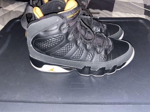 Men's Nike Air Jordan Retro 9 citrus size 9 Vintag