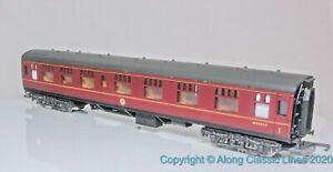 Lima-305312-OO-Gauge-BR-Mark1-Corridor-Composite-Coach-M25264-BR-maroon