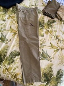 Columbia 36x32 Hiking Pants Awesome Lightweight Green Khaki