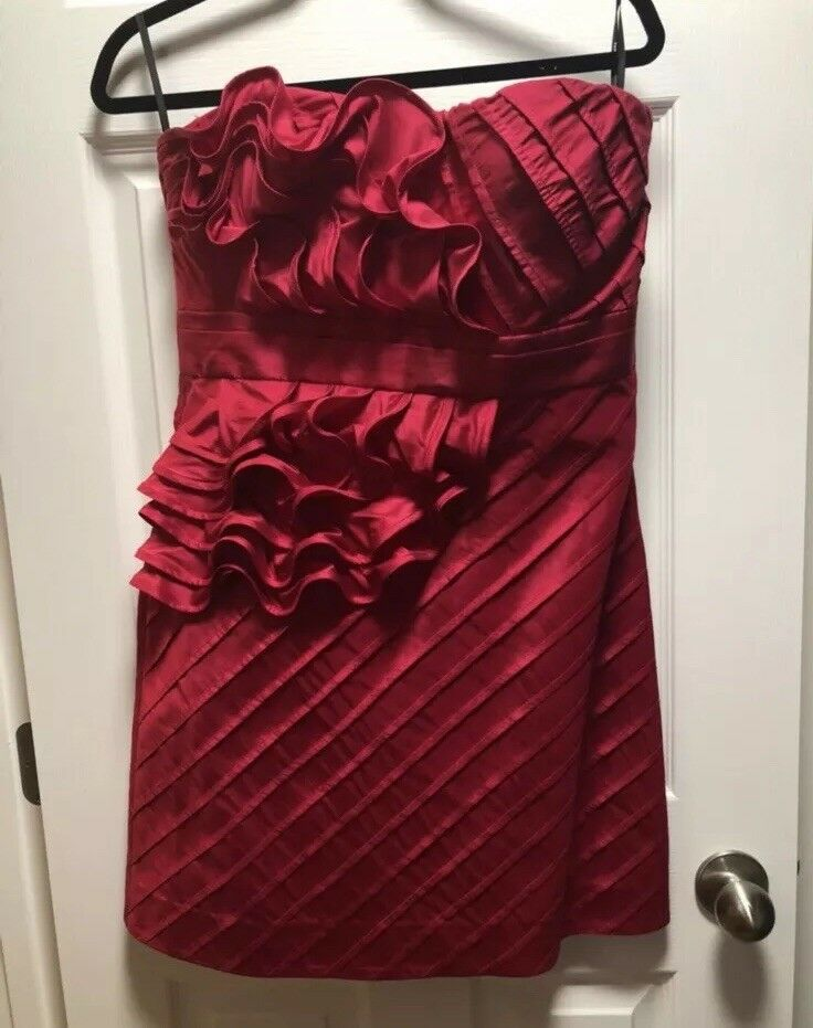 NWT Phoebe Couture Strapless Red Hot Sexy Dress Size 10