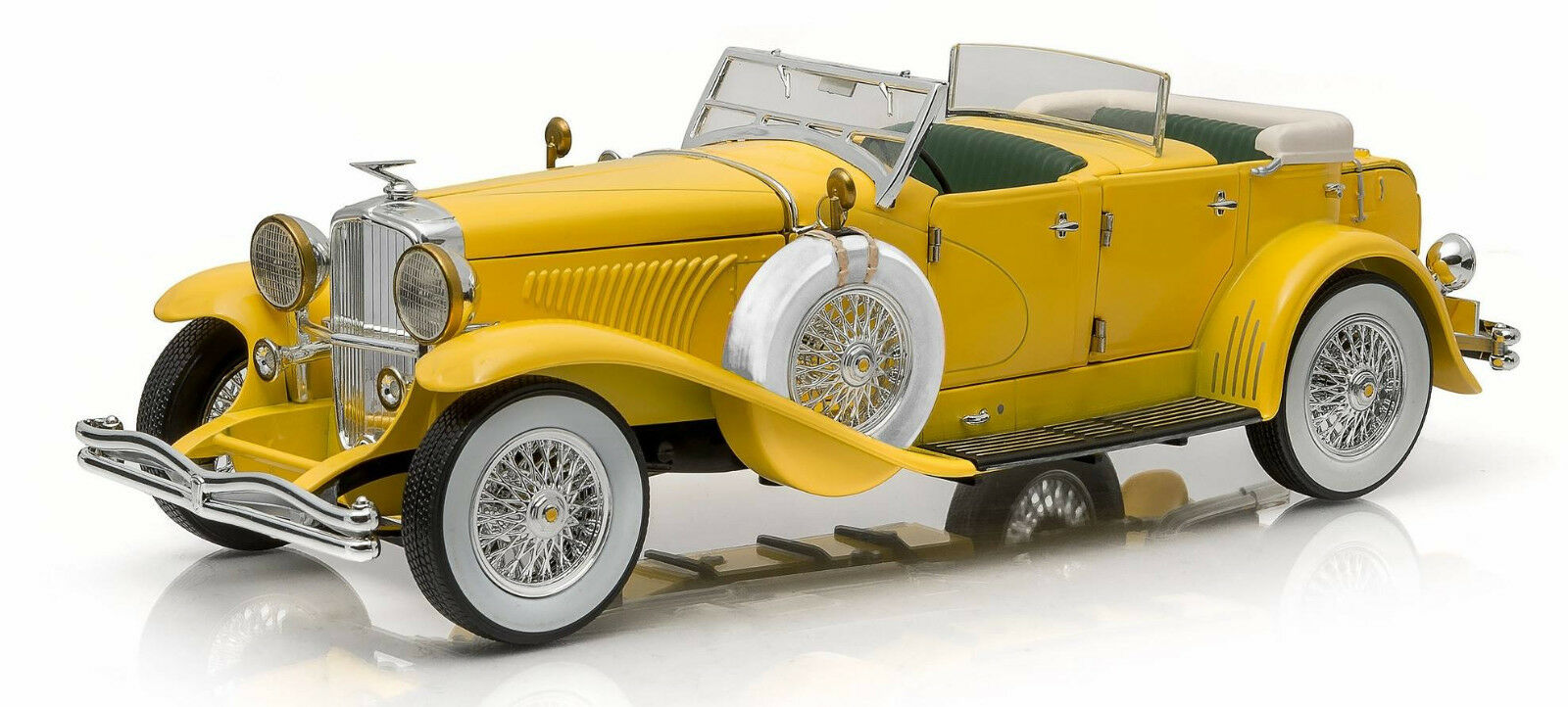 1935 Duesenberg Yellow 1 18 12927