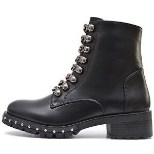 Trend-senora-Army-botas-botines-look-usado-tachuelas-cremallera-parrafo-bloque