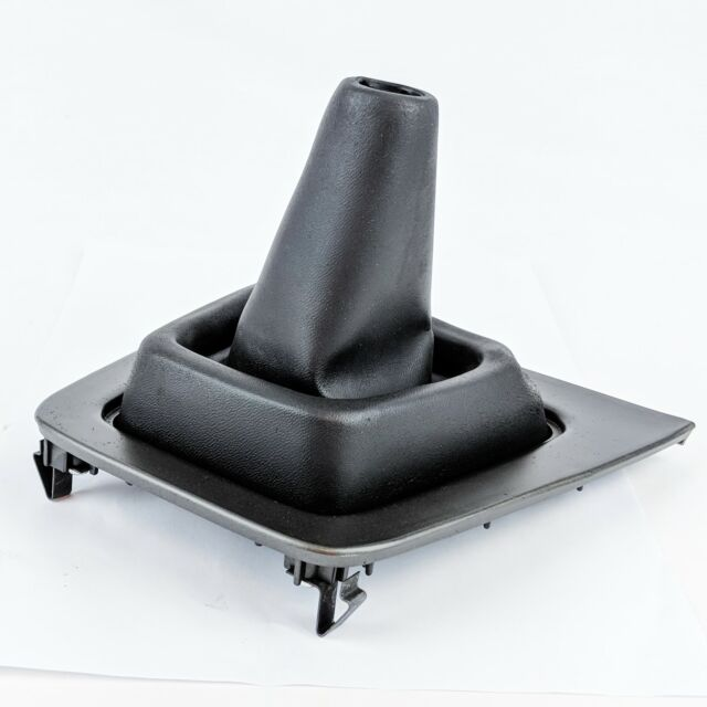 New Genuine Mazda RX-7 SA22C FB Upper Shift Boot Series 2 3 FA0164350A01 RX7