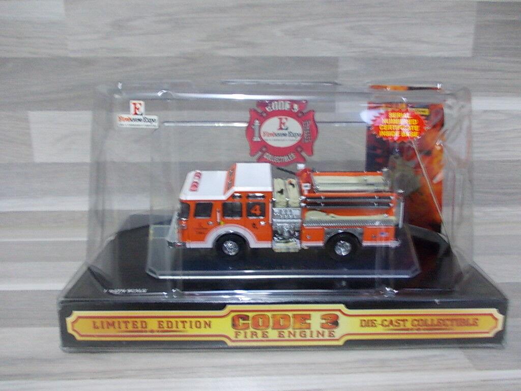 Code 3 1 64 Firehouse expo 4th edition 2001 E-ONE CYCLONE II Pumper-Lim Ed