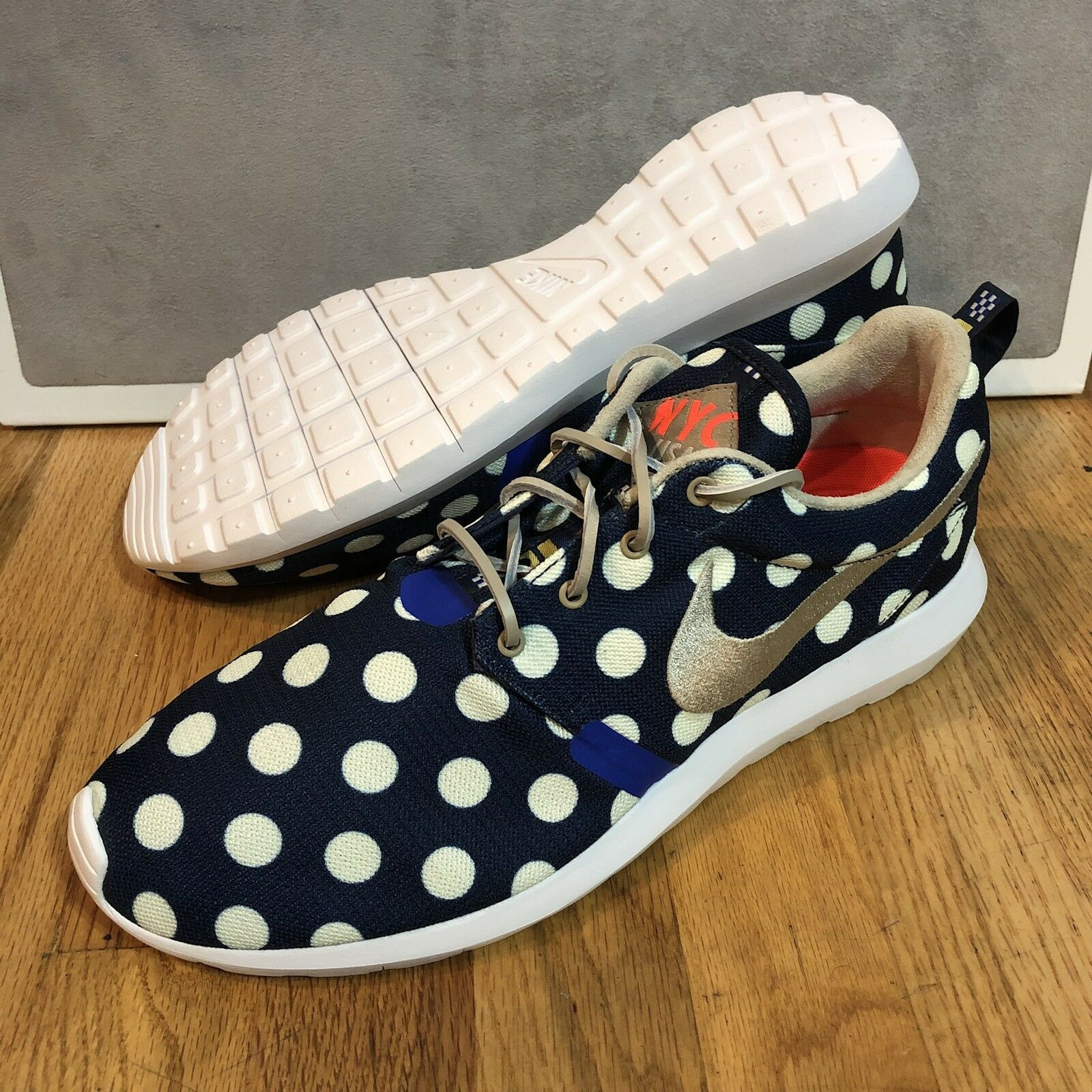 Nike Rosherun NM 11.5 City QS Mens Size 11.5 NM New DS Running Shoes Polka Navy White a2bcff