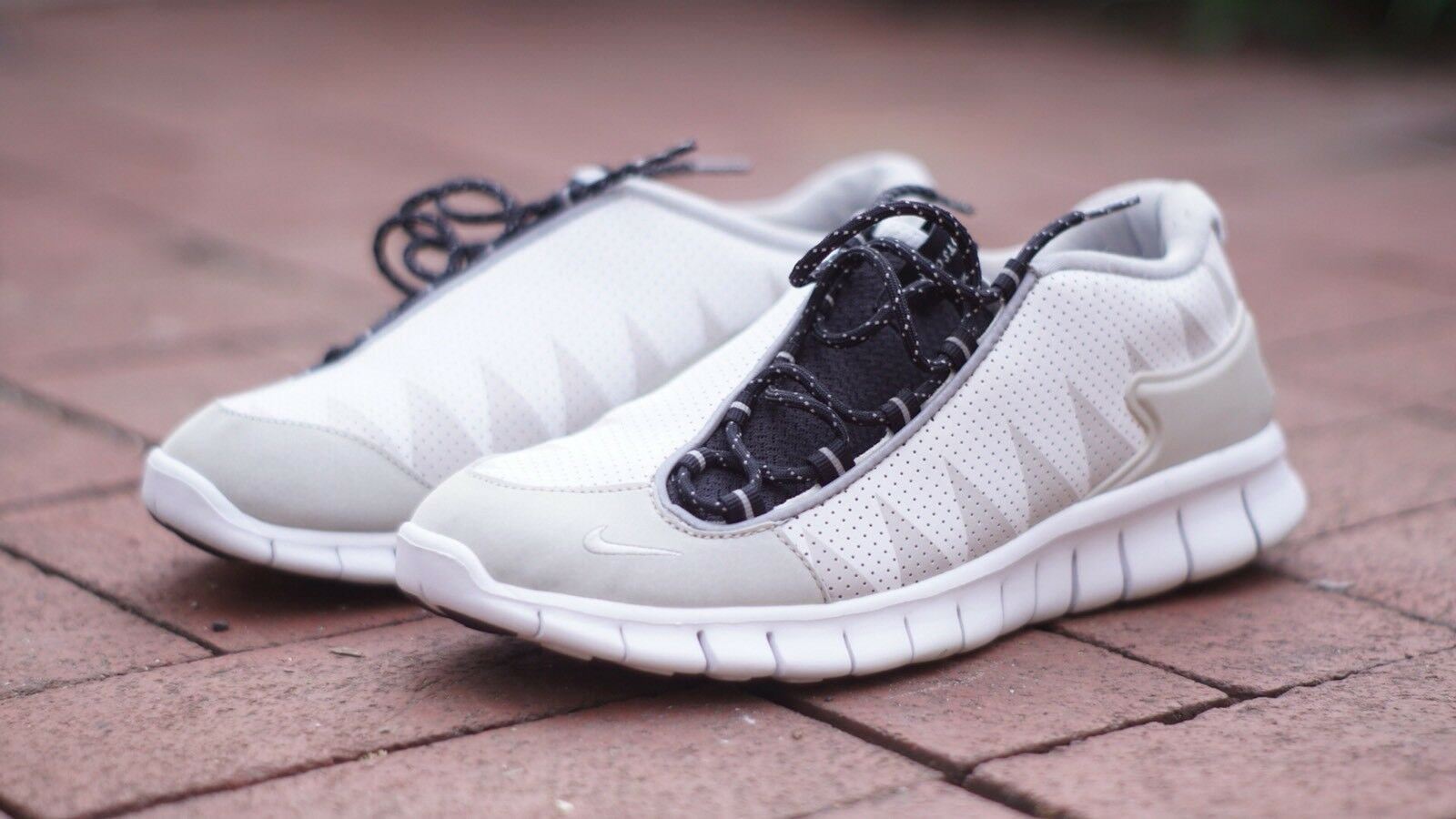 Nike Foot Free Scape White Gray 487785 100 Running Shoes