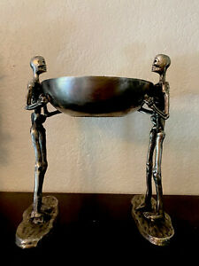 Silver-Metal-Skeletons-Holding-Bowl-15-5-Tall-Halloween-Haunted-House-Serving