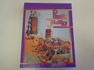 20th Century Fashionable Plastic Jewelry 1992 Bakelite Celluloid Costume Guide