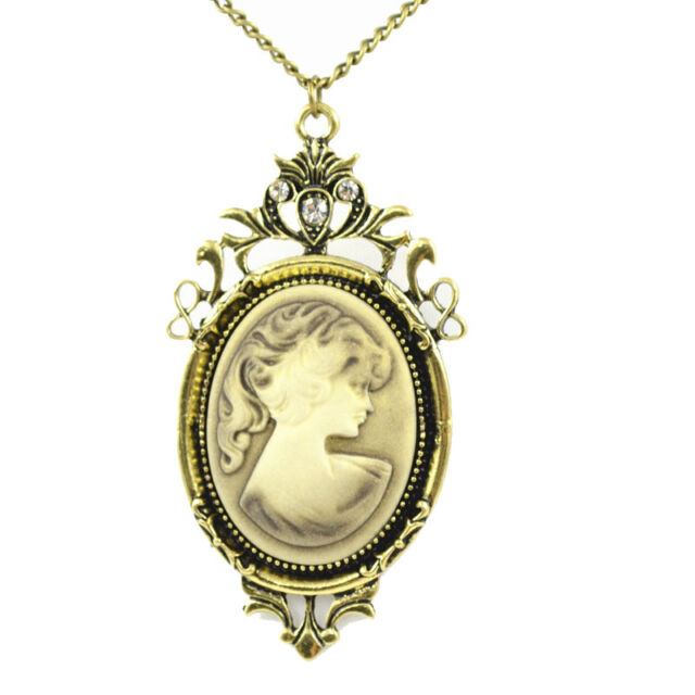 Vintage Cameo Queen Head Rhinestone Crystal Pendant Long Sweater Chain Necklace