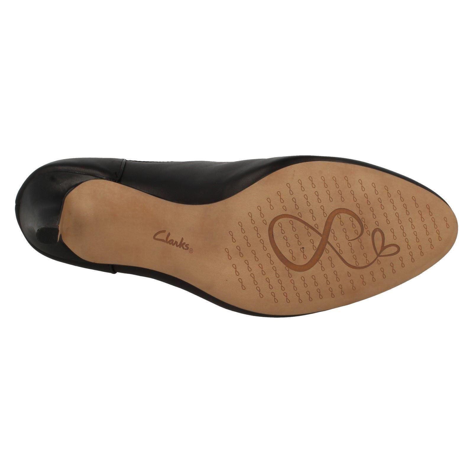 Damen Hineinschlüpfen Clarks Leather Stiefeletten zum Hineinschlüpfen Damen D passen Carlita quinn4 9c75f8