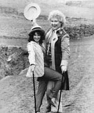 Colin Baker and Nicola Bryant UNSIGNED photo - H8055 - Doctor Who