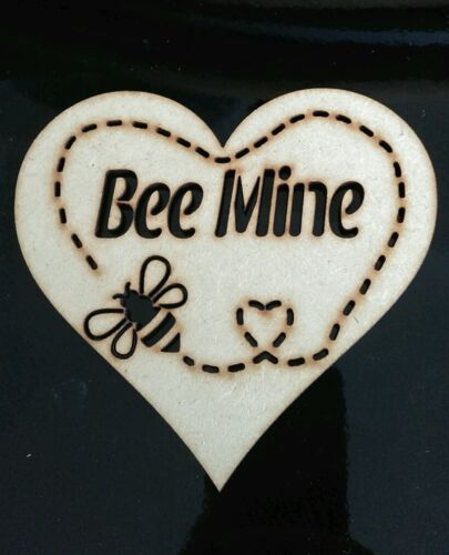 5 X Wooden Heart Shape Bee Mine special craft embellishments E77