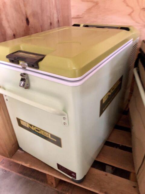 Retro Engel 40L with Cover MT 45F-G4RT Limited Edition Fridge Freezer