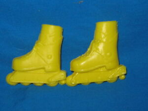 YELLOW-ROLLERBLADES-FOR-VANNA-WHITE-DOLL-BARBIE-SIZE