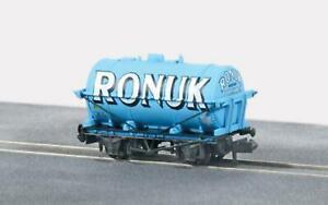 Peco-NR-P178-N-Gauge-Tanker-Wagon-RONUK