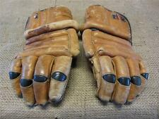Vintage Leather Canada Hockey Gloves   Antique Old Sports Equipment Sports 8833