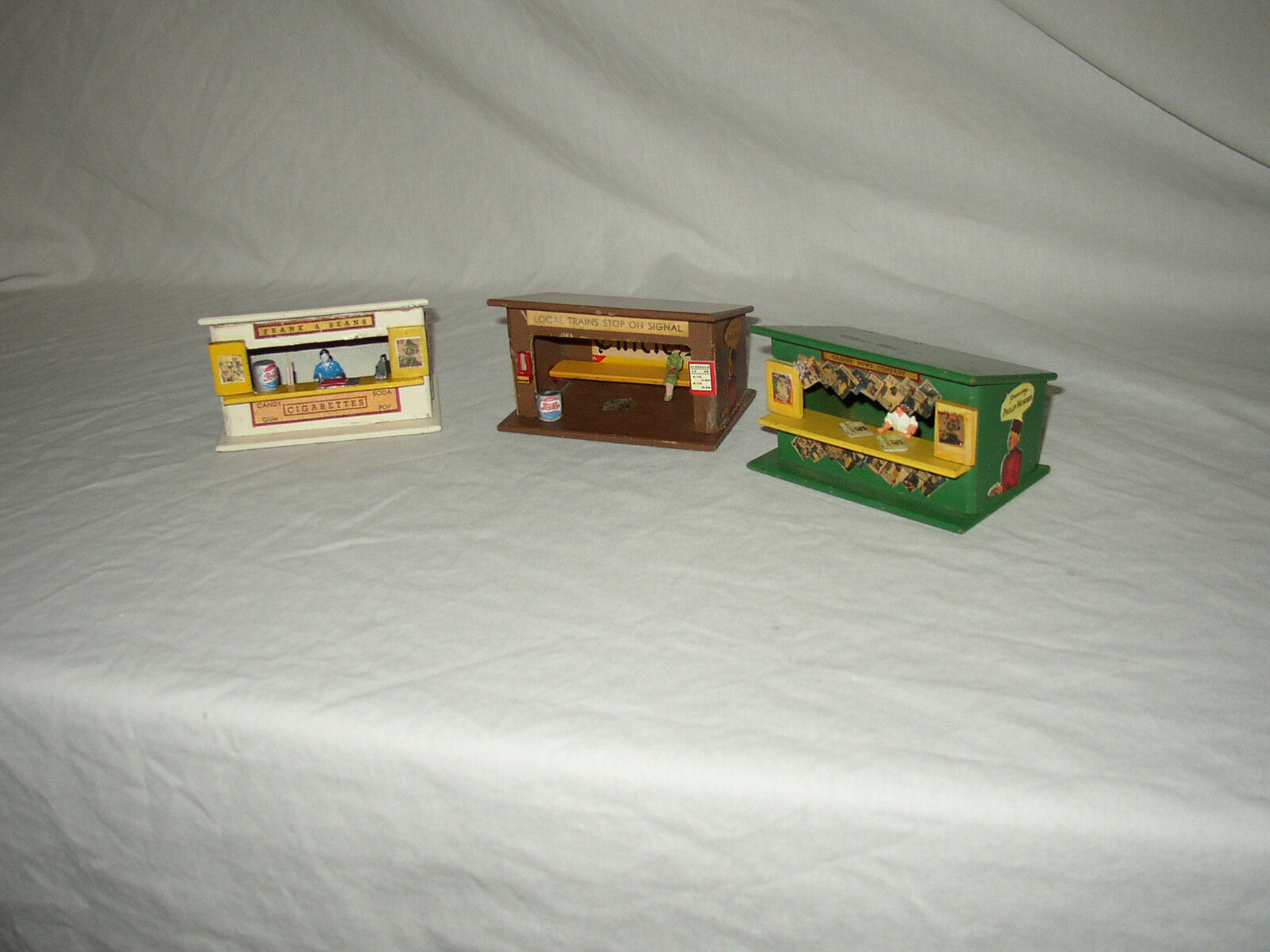AMERICAN FLYER MINICRAFT WHISTLESTOP BUILDINGS LOT  A-18