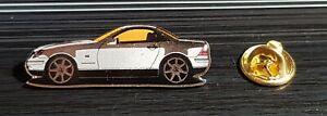 Mercedes-Benz-Pin-SLK-R170-glasiert-silber-Masse-40x13mm