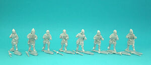 28mm-Curteys-12-x-Medieval-Crusader-spearmen-03-lion-Rampant-Saga-unpainted