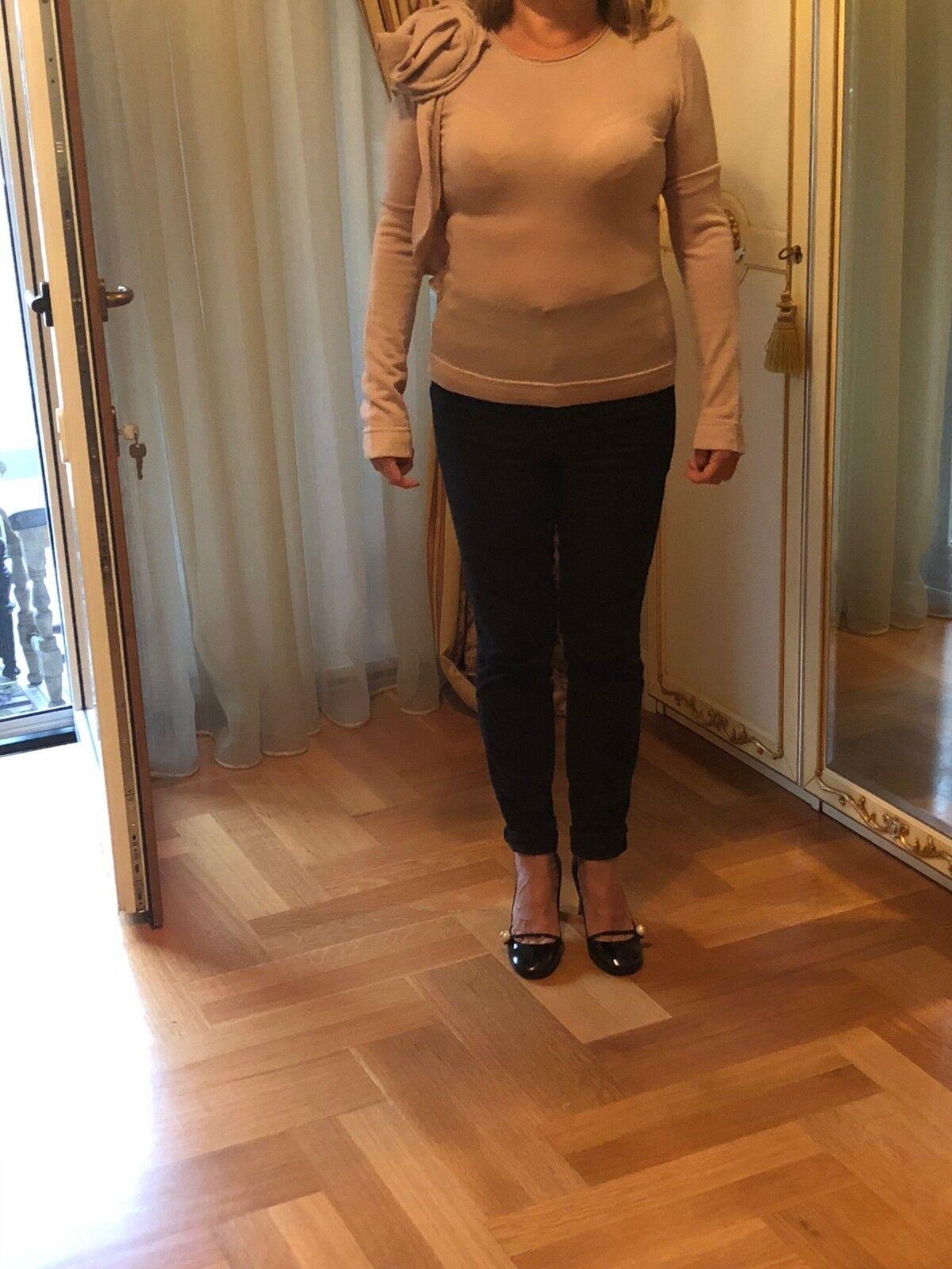 Valentino Nude Top. Fabriqué en Italie. 100% laine. Taille L.