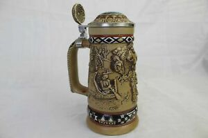Vintage-Avon-Indians-of-the-American-Frontier-Collectible-Stein-w-Embossed-Scene