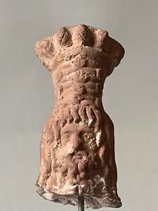 Tete-du-dieu-Serapis-Alexandrie-Egypte-epoque-Hellenistique-300-a-100-avant