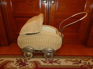 Large-Unique-Vintage-Wicker-Doll-Baby-Stroller-Carriage-Antique
