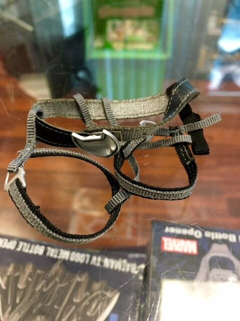 1 6 Sideshow Collectibles Catwoman figure BELT AND HARNESS ONLY JC