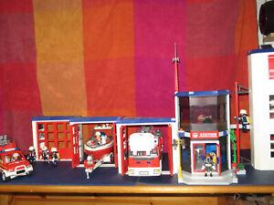 Spielzeug-Playmobil-Feuerwache-mit-Bauanleitung-Fahrzeugen-Figuren-uvm