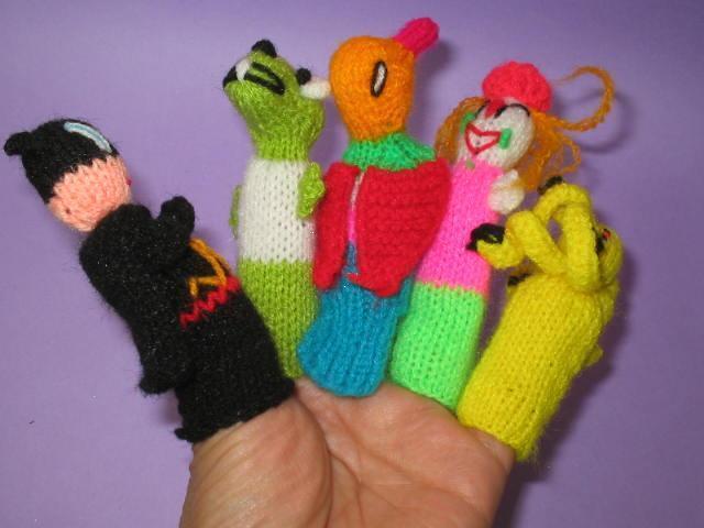LOT 60 HANTWOVEN OCH Hand Knit Finger PUPPER FRÅN PERU